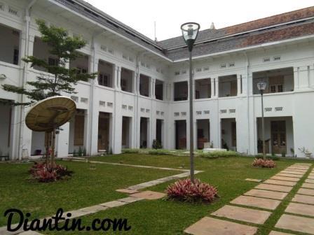 tempat bersejarah FKUI 3 - Diantin.com