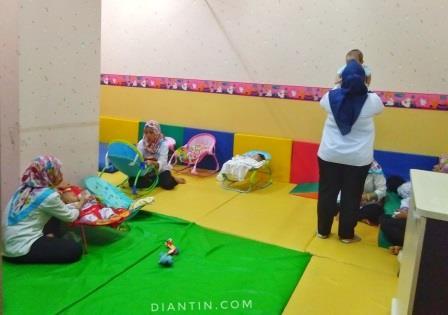 ruang bermain 1 - kesehatan kerja dan olahraga - diantin.com