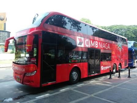 keliling jakarta naik bus tingkat - diantin.com